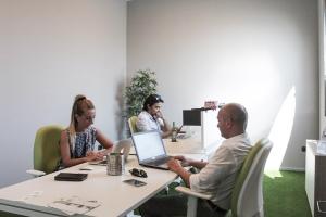 coworker_openspace